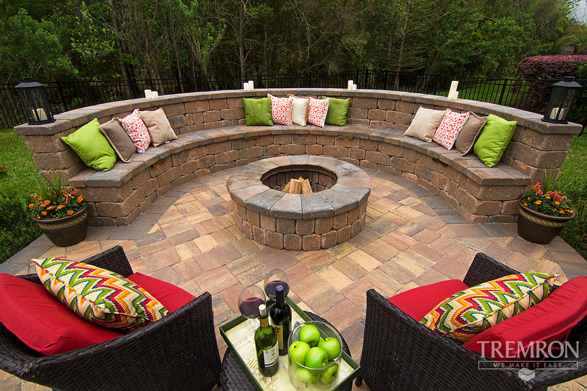 Stonegate Retaining Wall Blocks Tremron Jacksonville Pavers Retaining Walls Fire Pits