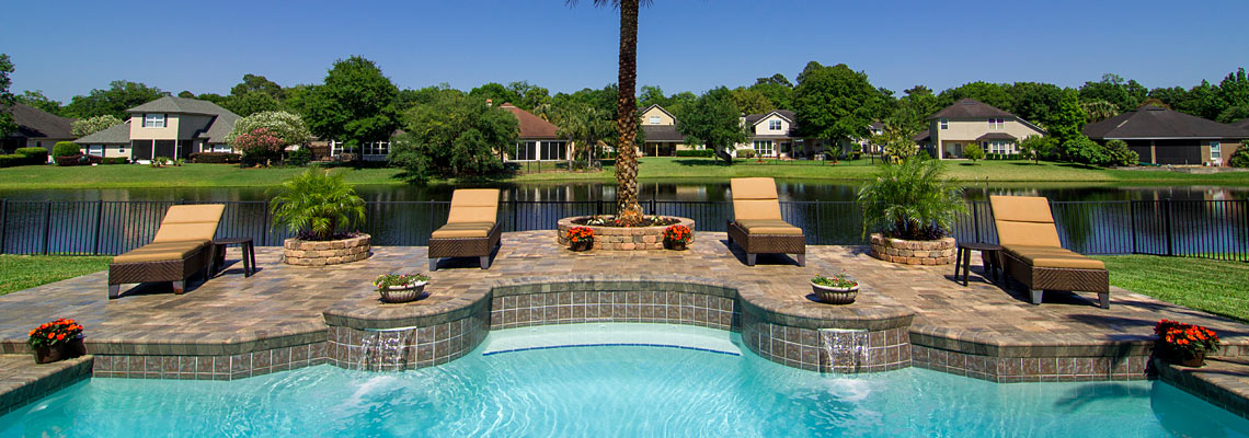 Stonehurst pavers tremron jacksonville pavers retaining for Landscaping rocks in jacksonville fl